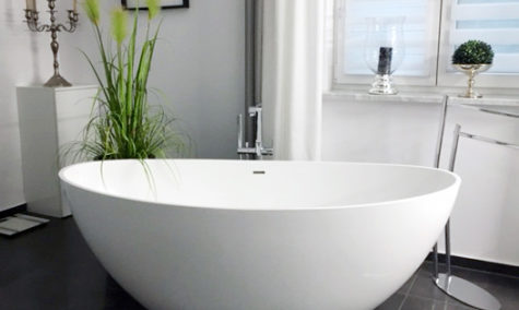 glossy large freestanding tub BW-03-XL