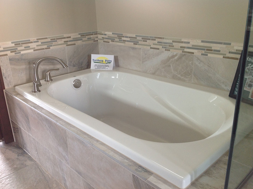 Bathtub Types: Which Is Right For You? | Badeloft USA