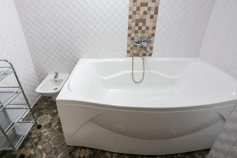 acrylic bathtub example.